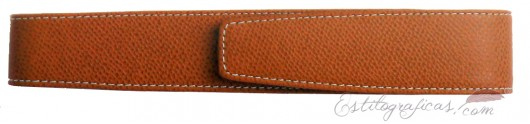 Funda de piel repujada GvFC marrón