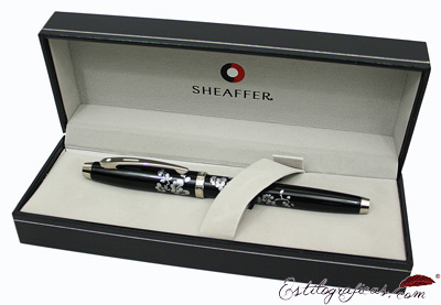 Estuche de bolígrafos Friends of Winter Plum Gift 100 de Sheaffer