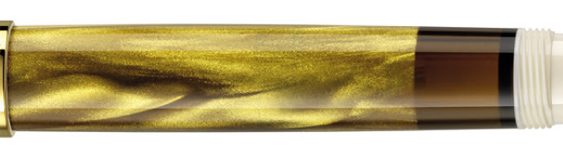 Detalle del marmoleado de la pluma estilográfica Pelikan M200 Gold-Marbled