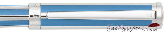 Detalle de pluma estilográfica Intensity azul cian o azulino