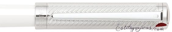 Detalle de pluma estilográfica Intensity Laca Blanca y Cromo de Sheaffer
