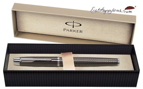 Estuche de presentación del rollerball Parker IM Premium Chiselled Carbón