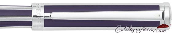 Detalle de pluma estilográfica Intensity violeta