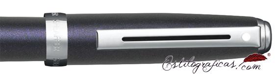 Detalle del rollerball Sheaffer Prelude violeta luminoso y detalles niquelados