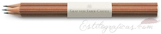 3 lápices largos de cedro marrón con el logo GvFC